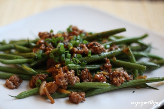 Spicy Stir-fry Haricot Vert with Ground Pork