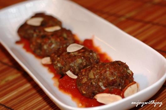 Bulgur Kofte with Spicy Harissa Tomato Sauce